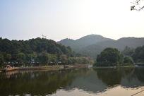 帽峰山天然林景和水库
