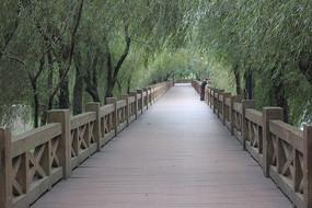 小镇公园走廊图片