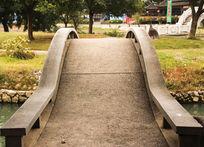 公园的桥面