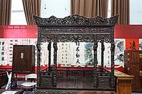红木雕刻龙床