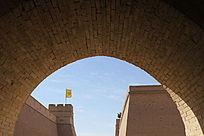 从城门内看嘉峪关碉楼