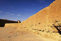 历史的痕迹嘉峪关城墙的述说