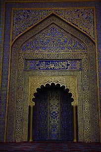 精致的清真寺大门建筑风格