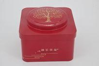 红色方形茶叶盒