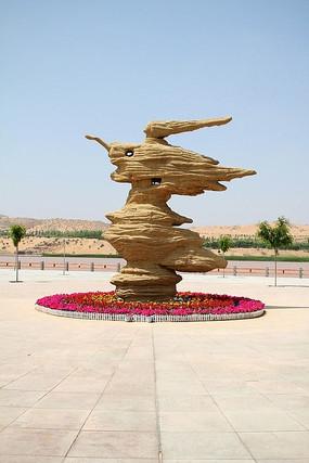 宁夏中卫沙坡头景区石头雕像