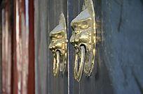 金色的狮子门铃