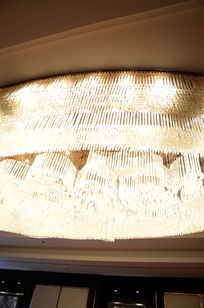高档会议室水晶灯吊顶实图