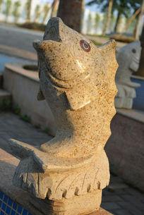梧州园石鱼
