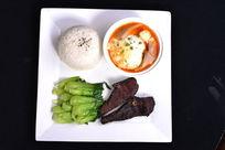 韩式菌菇豆腐汤饭