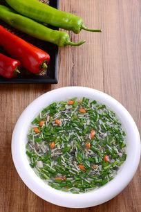 韭菜螺丝肉烩金针菇