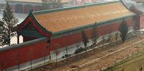 文庙金瓦红墙建筑