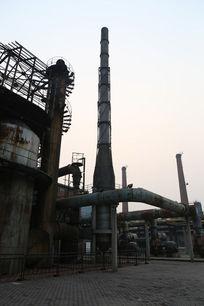 北京798文化艺术区废弃工厂烟冲