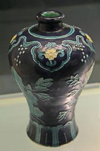 蓝釉植物花卉瓷瓶