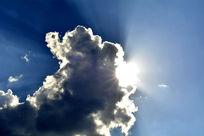 飘着白云的大晴天