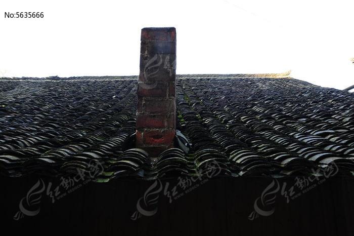 屋顶瓦片烟囱图片,高清大图