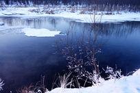 不冻河冰雪风光