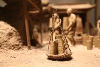 泥塑景德镇清代陶冶图篮子中的陶培