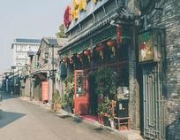护国寺美食街一角