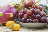 近拍静物创意一堆水果特写