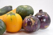 近拍航天蔬菜航天南瓜和茄子特写图片