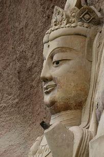 甘肃麦积山石窟菩萨像