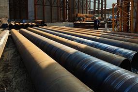 高铁桥梁施工使用的大型钢桶支架材料
