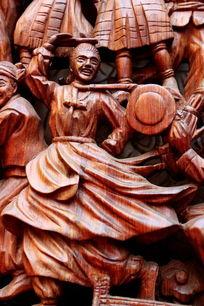 民族团结载歌载舞红木人物雕刻