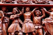 木刻民族团结载歌载舞人像雕刻作品