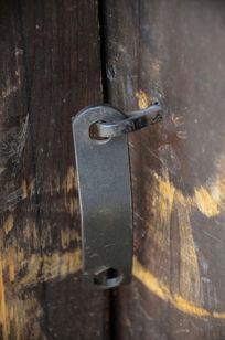 木门上的锁扣