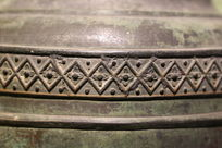 俄罗斯铜钟上的花纹雕刻