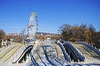 鞍山玉佛山复拱式三孔桥与摩天轮