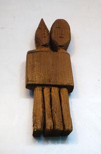 赫哲族萨满遇险助战木雕神偶