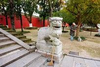 石狮子雕像