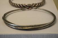 水族方柱扭索银项圈