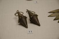 银饰耳饰-侗族橄榄形嵌珠银耳环