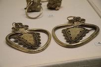 银饰耳饰-瑶族钱纹银耳环