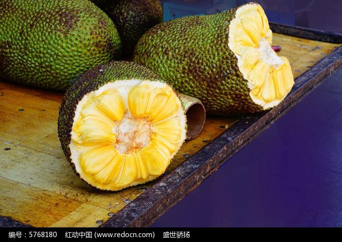 大树菠萝图片图片,高清大图_水果蔬菜素材