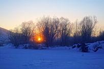 林海雪原日出