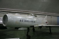 南昌飞机制造公司研制的早期喷气式战斗机