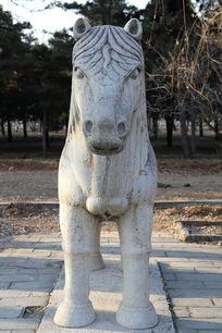 十三陵神道石像生站姿马正面石雕像