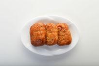 三块腐乳饼
