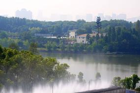 武汉市郊河流建筑