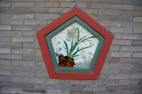 五角形古典窗户