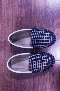 一双帆布鞋