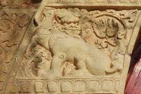 北京五塔寺金刚宝座塔石狮子