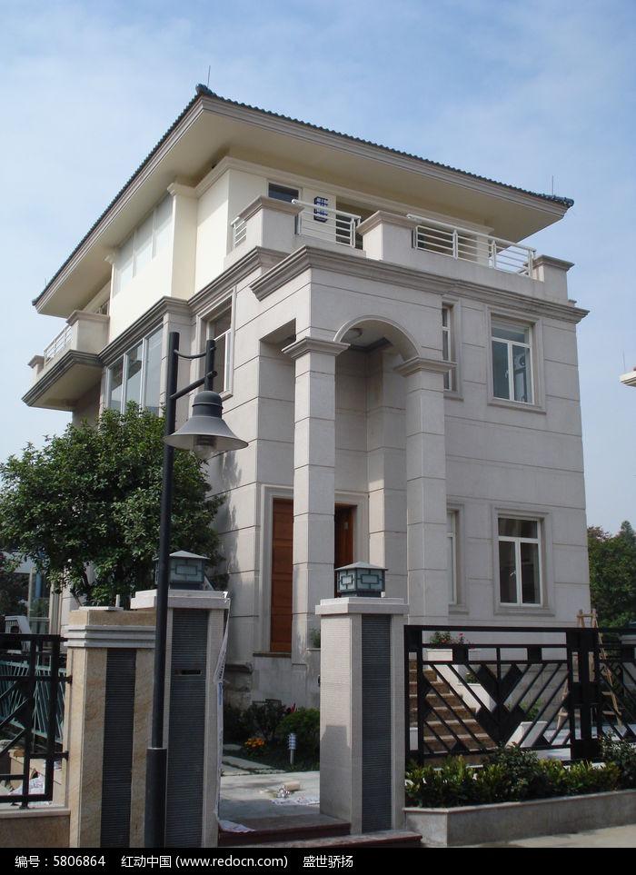 复式别墅建筑图片