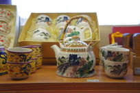 绘有长城的茶具