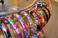 金属雕花手环
