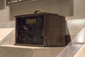 中共中央机要部门使用的发报机