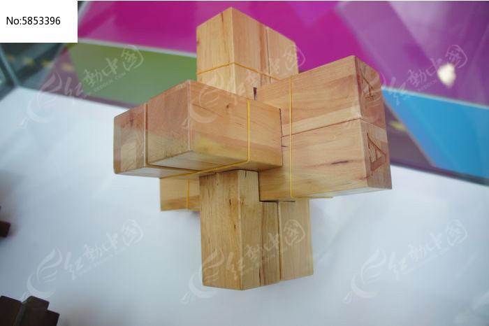 木质孔明锁图片